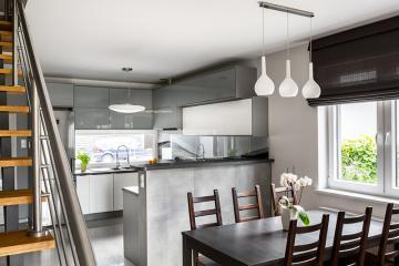 Comment aménager une cuisine ouverte ? | Maisons Création