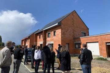 Maisons à énergie positive : rencontre entre les futurs habitants des Villas Trémelière au Rheu - Maisons Création