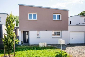 Maison mono-pente zinc avec bac acier sur décroché garage