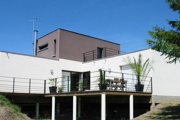 Maison design à Pléchatel